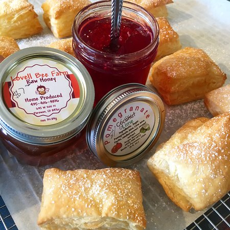 Panguitch, UT: Local jams & honey are perfect on pastries and are also available to purchase.