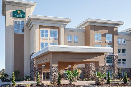 La Quinta Inn & Suites Forsyth