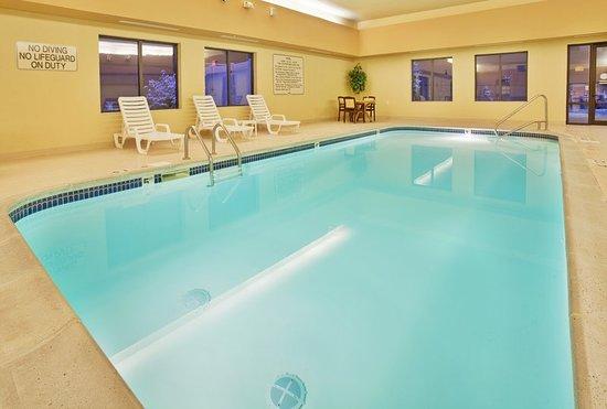Norfolk, NE: Pool