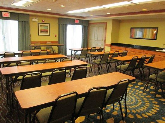 Roselle, IL: Meeting room