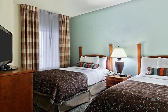 Staybridge Suites Chattanooga Downtown: Suite