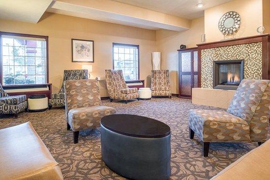 Holiday Inn Express Wenatchee: Lobby