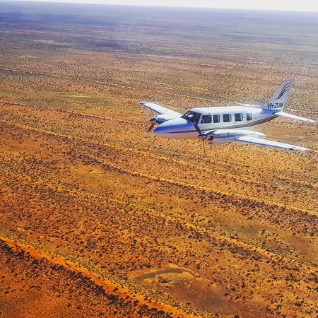 Moorabbin, Australia: Our Piper Chieftain flying over the Simpson Desert.