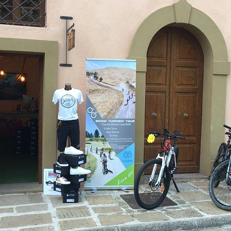 Castelfalfi, Italy: Biking Tuscany Tour