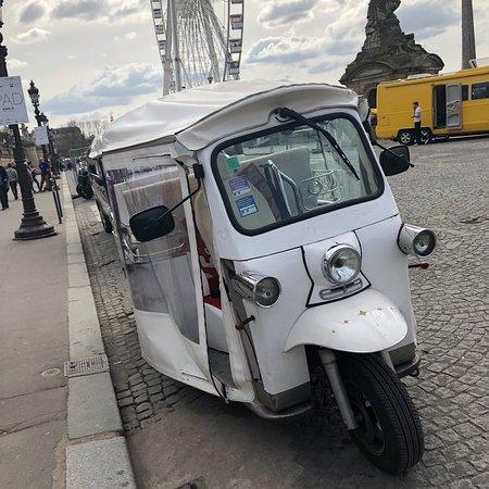 Paris by Tuktuk : photo0.jpg