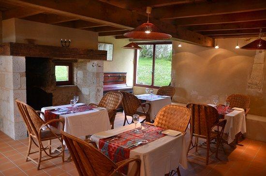 La Closerie de la Beyne : Restaurant interior