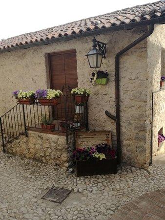 Borgorose, Italia: IMG_20170610_173605_1_large.jpg