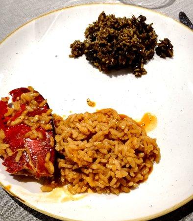 Dársena: arroz a banda y arroz negro, con carabinero