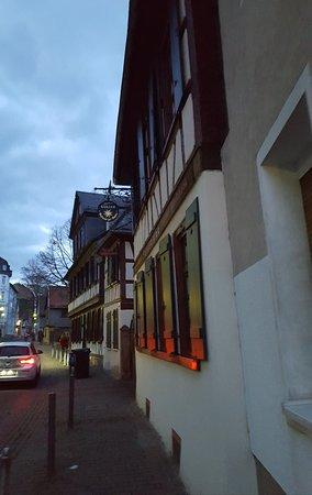Zur Sonne: Great tavern.