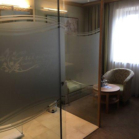 Wals, Austria: Zimmer im Grünauerhof - sehr schön