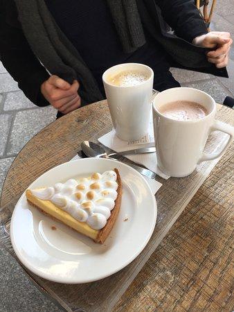 The Smiths Bakery: Lemon tart