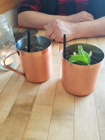 Viroqua, WI: Loved the Moscow mules!