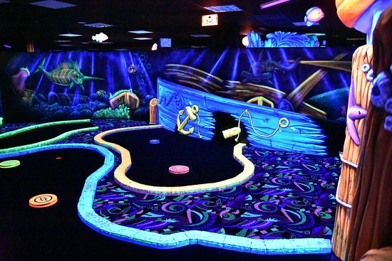 Glowgolf Scheveningen