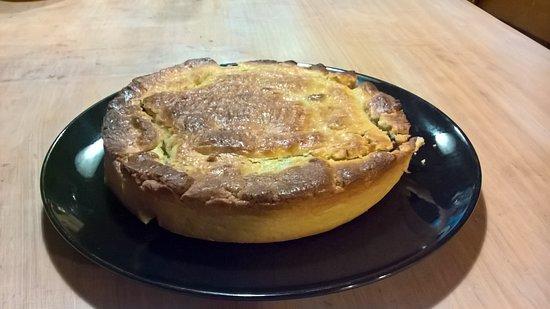 Saint-Mathieu, فرنسا: gâteau breton aux pruneaux