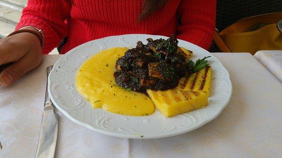 Al Buso: carne con polenta