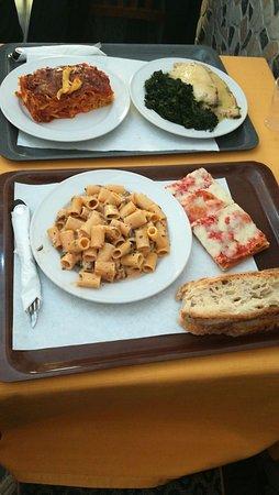 Ristorante mondo pizza in roma con cucina pizza e pasta - Pizzeria con giardino roma ...