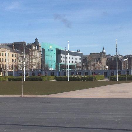 Holiday Inn Express Dundee: photo0.jpg