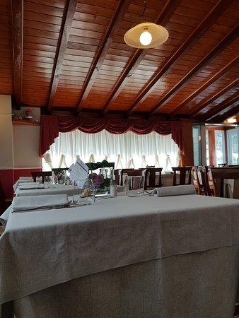Cosio Valtellino, Italie : 20180406_130848_large.jpg
