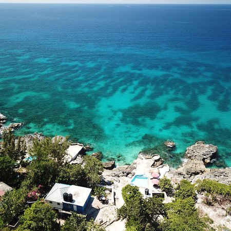 Little Bay, Jamaica: Our spring break trip 2018 to Coral Cottage