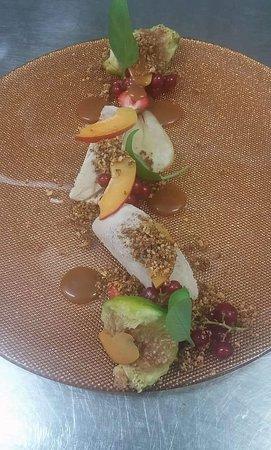 Konoba Toranj: Semifredo od lješnjaka, karamel od mente