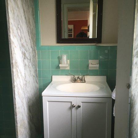 Saratoga Community Court Motel: photo3.jpg