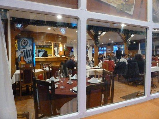 Moustacchio Parrillada: ristorante visto dal fuori