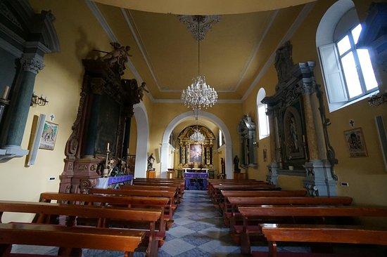 Church of St Nicholas: ภายในโบสถ์ค่ะ