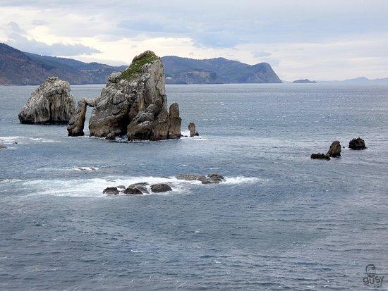 La tranquilidad de San Juan de Gaztelugatxe