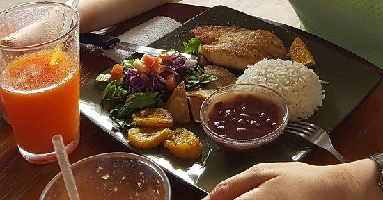 Palmares, Costa Rica: El Patio Restaurante & Bar