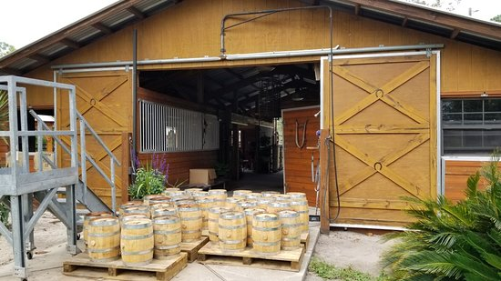 Brooksville, FL: NJoy Spirits Distillery