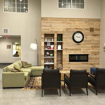 Country Inn & Suites by Radisson, High Point (Greensboro/Winston-Salem), NC: photo1.jpg