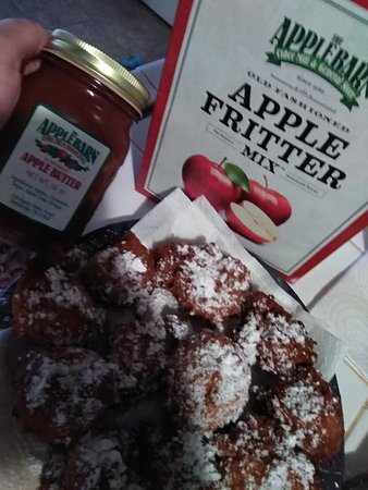 The Apple Barn Cider Mill And General Store : Fritters from The Apple Barn Cider Mill