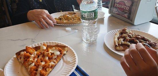Fast Delivery Service And Delicious Pzzai Pronto Pizza And