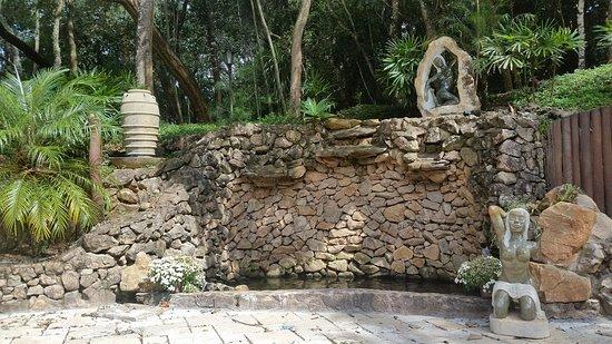 Jarinu, SP: Cacboeira de Oxum localizada no espaço externo da Seara de Luz Tupinambá