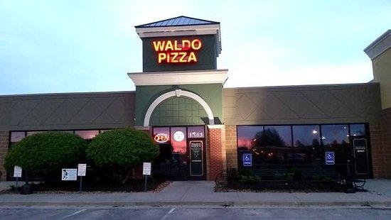 Waldo Pizza Lee S Summit Menu Prices Restaurant Reviews