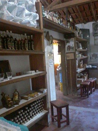 Monte Alegre do Sul, SP: Cachaça Campanari