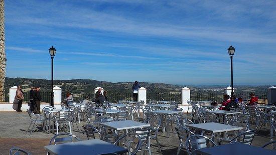 Province of Cordoba, Spanien: Terraza junto al castillo