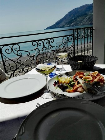 Al Mare Restaurant & Bar: IMG_20180408_141426_large.jpg