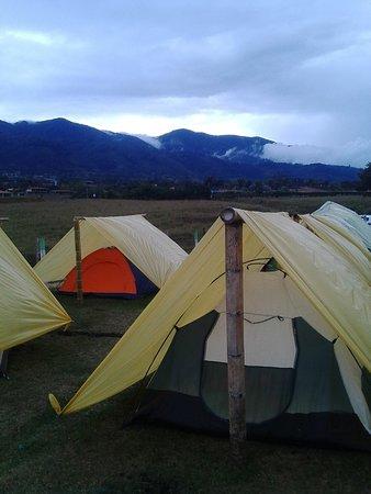 Valle del Cauca Department, Colombia: camping en el lago calima