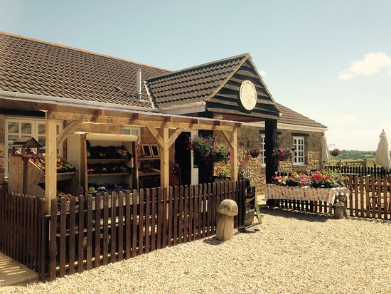 East Coker, UK: The farm shop