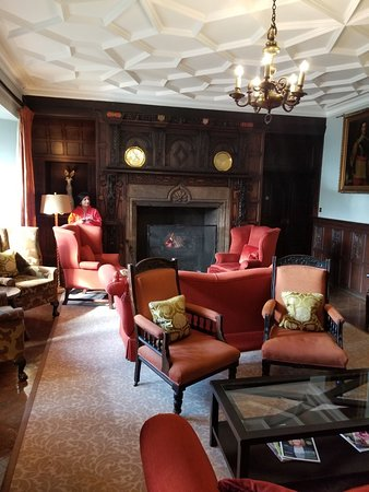 Lewtrenchard Manor: 20180404_110042_large.jpg