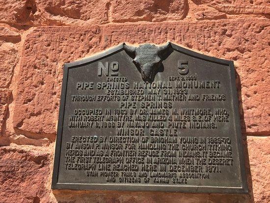 Fredonia, AZ: Plaque describing the Mormon settlement/fortress