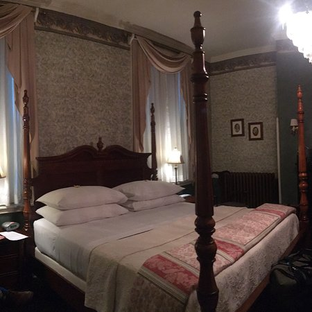 Carlisle House Bed & Breakfast: photo1.jpg