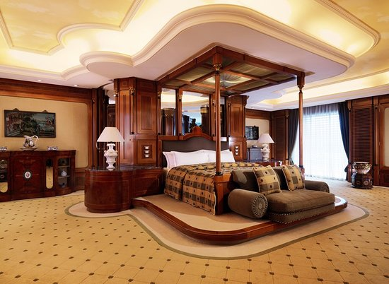 Grand Hills, a Luxury Collection Hotel & Spa: Guest room
