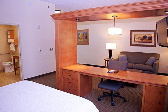 Sidney, NE: Guest room