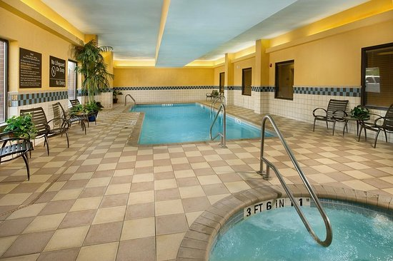 Hampton inn suites san antonio airport 109 1 3 9 updated 2018 prices hotel reviews for Hotels in arlington tx with indoor swimming pool