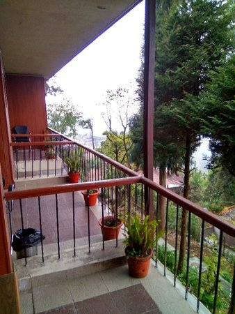 Kurseong Tourist Lodge: View from the balcony