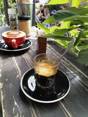 Clunes, Australia: Convenient cafe