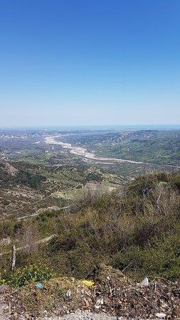 Colobraro, Italy: IMG_20180408_132045_992_large.jpg
