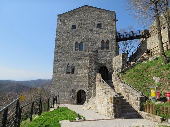 Attimis, Italy: Castello di Partistagno
